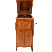 American Victor Talking Machine in Golden Oak