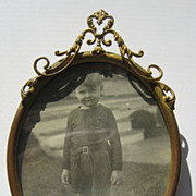 Antique oval decorative picture frame
