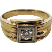 10 Karat Yellow Gold Men's Ring With Diamond In a White Gold Setting