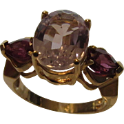 14 Karat Yellow Gold Kunzite and Amethyst Ring