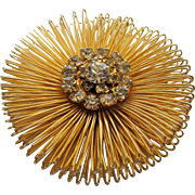 Vintage Weiss Classic Mid Century Goldtone Pin With Clear Crystal Center