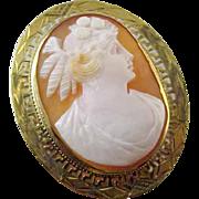 Antique Edwardian 10k gold Greek Key cameo brooch pin