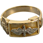 Mans vintage WW2 US Army Air Corps military Air Force 10k gold ring with eagle and wings signe