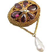Glorious antique mid Victorian 18k gold 4.68 carats rhodolite garnet and pearl brooch pin ...