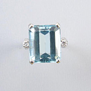 Vintage Retro Moderne 14k white gold 11 carat aquamarine and diamond statement cocktail ring,