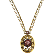 Vintage Signed CELEBRITY NY Moroccan Matrix Molded Glass Pendant Necklace