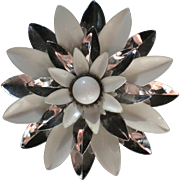 Large Signed Sarah Coventry Enameled White and Silver-tone Dahlia or Daisy Pin - 1960's