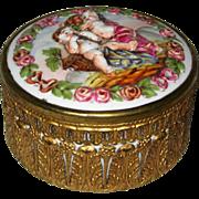 Capodimonte Porcelain Powder or Dresser Box