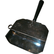 Victorian Era Crumb Catcher