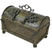 Hand Hammered Iron Goberg Casket  Jewelry Box, Ca 1910