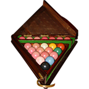 Triangular billiard box with original balls & rack