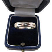 Man's 10 Kt Gold Wedding Band Ring