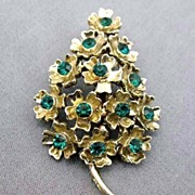 SOLD DAZZLING  Vintage Green Rhinestone Christmas Tree Pin - Goldtone / Floral Design / Brooch