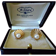 10K Pearl Earrings  w/box  H. STERN Brazil