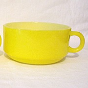 SOLD Vintage Collectible McKees Glasbake Yellow Soup/Chocolate Mugs Unused Mint 1950-60s