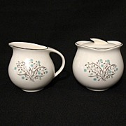 Vintage Collectible Pope-Gosser Creamer & Sugar with Lid in The Sandra 8016 Pattern 1940-50s .
