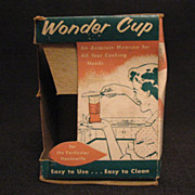 Vintage Collectible Wonder Cup Measuring Cup Liquids Solids Shortening Honey etc Original Box