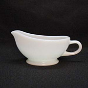 Vintage Anchor Hocking Fire King White Restaurant Ware Sauce/Gravy Boat 1948-67 Excellent Cond