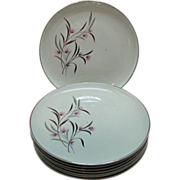 Vintage (9) Universal Ballerina 10 Inch Dinner Plates Straw Flower Pattern 1934-56 Good Condit