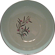 Vintage Universal Pottery Co. 9 Inch Round Vegetable Bowl Straw Flower Pattern 1934-56 Good ..