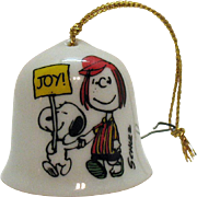 Vintage Ceramic Christmas tree Ornament Peanuts Character Peppermint Patty on a small Bell 195