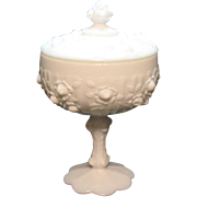 Vintage Fenton Rose Milk glass candy box with lid from 1967-74 still in very good condition