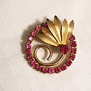 SALE 50% OFF~Amazing Vintage Pink Rhinestone Floral Eternity Brooch~Unsigned Trifari