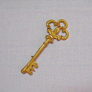 SALE Beautiful Vintage Signed Coro Skeleton Key Brooch 4 Inches Long