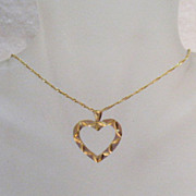 SALE Beautiful Vintage 14K Gold Heart Pendant Necklace~Italy