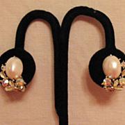 Vintage Signed Lisner Pearl Rhinestone Clip Earrings