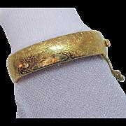 Nice Vintage Etched Golden Hinged Bangle Bracelet