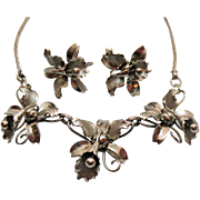 Unusual Vintage Unsigned Coro Floral Necklace Screw Back Earrings