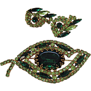 Signed Judy lee Vintage Super Sparkling Emerald Peridot Green Rhinestone Brooch Earrings Set