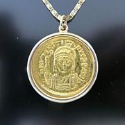 Circa 570 Byzantine 22K Gold Coin Depicting Justin II