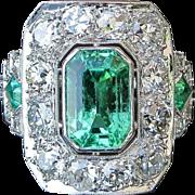 Magnificent Antique Circa 1900 Lady's  Platinum Emerald & Diamond Ring
