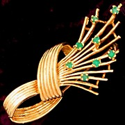 Gorgeous Vintage 14k Gold, Natural Emeralds, Figural Knot Brooch / Pin