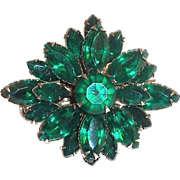 Lovely Dark Emerald Green Marquis Glass Rhinestone Pin