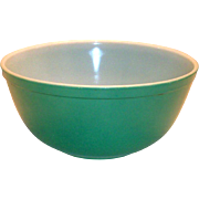 Vintage Pyrex Primary Colored Green 2 1/2 Qt. Bowl