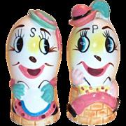 Enesco Imports: Mr. & Mrs. Humpty Dumpty Hand Painted Porcelain Anthropomorphic Salt & Pepper