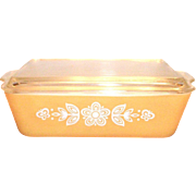 Pyrex Butterfly Gold 1 1/2 Qt. Covered Refrigerator Dish