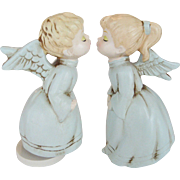 Pair of Kissing Angels Music Box - Silent Night