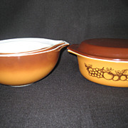 SALE 4 Pyrex Orchard Fruit Bowls - 3 Cinderella and 1 Covered Casserole