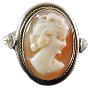 Vintage 800 Coin Silver Young Girl Cameo Ring With Leaves - Shell Cameo Size 8.5