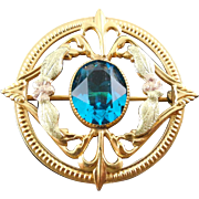 Lovely Vintage Brooch Aqua Glass Stone in Tri Tone Setting W Fleur de Lis