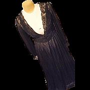 Vintage Shadowline Womens Black Flowing 2PC Peignoir Set Medium Long Lace