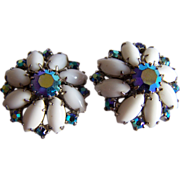 WEISS Sparkling Milk glass Aurora Borealis STUNNING clip earrings