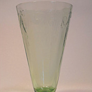 Anchor Hocking Green Cameo Ballerina Large Footed Tumbler