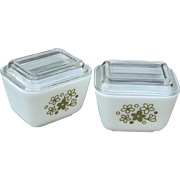 """SOLD TWO Early Pyrex """"Spring Blossom"""" a/k/a """"Crazy Daisy"""" Small Fridge Dis"""