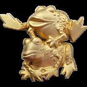 Vintage J.J. Leap Frog Brooch Brushed Gold Tone Jonette