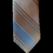 Vintage Late 1960s Narrow Necktie Shark Skin Weave Smart Stripe